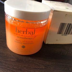 Herbal Serenity Aromatherapy Exfoliating scrub Nwt